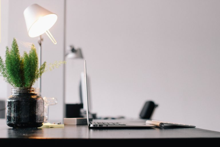 LIGHTING AND YOUR WORKSTATION